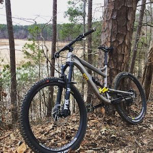 Mission 2 by Diamondback Bicycles - best full-suspension bike under 3000