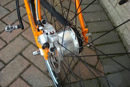 disc brakes gravel bike